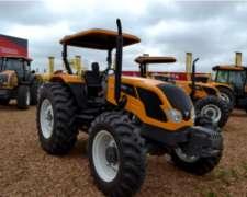 Tractor Valtra A850 30 de Agosto