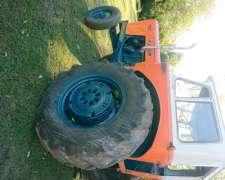 Tractor Fiat 700 Standar