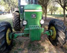 Vendo o Permuto Tractor John Deere 3140