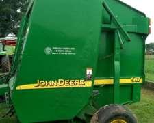 Rotoenfardadora John Deere 567
