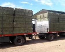 Fardos y Megafardos de Alfalfa