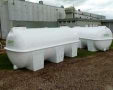 Tanques 8000 Litros Prfv. Plasticos Laspiur SRL.