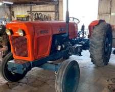 Tractor Fiat 800 .