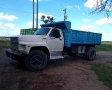 Camión Ford 7000 Bivuelco