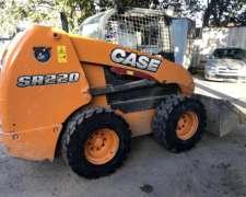 Minicargadora Case SR220 - Como Nueva