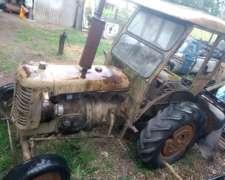 Tractor Zetor 25a .