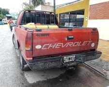 Chevrolet Silverado 4.1 Naftera con GNC
