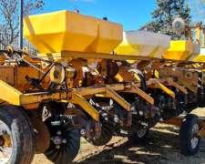 Sembradora Agrometal TX Autotrailer, 12 Surcos a 52,5 Cm.-