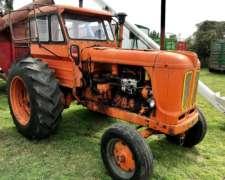 Tractor Fiat 780 con Direccion Hidraulica