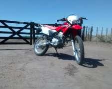 Moto Honda Tornado XR250