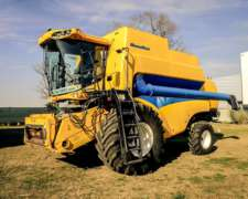 Cosechadora New Holland CS 660, año 2010
