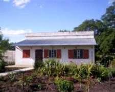 Venta de Chacra en Ranchos de 1.5 Hra. con Casa Reciclada.