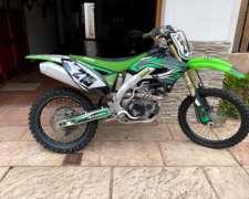 Moto Kawasaki KXF 450