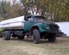 Liquido Camion Marca Bedford con Tanque 12.000 Litros