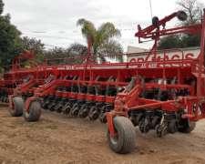 Sembradora Dolbi Ax 4000 De 24 Surcos Con Fertilización