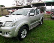 Toyota Hilux 3.0 SRV 4X2 C/accesorios