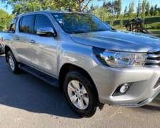Toyota Hilux SRV 4X4 2o16