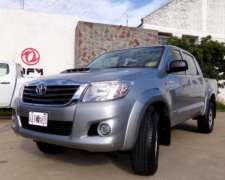 Hilux D/cabina 3.0 TDI SR 4X2 año 2015, Impecable