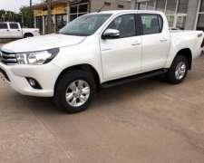 Toyota Hilux 4x4 D/c Srv 2.8 Tdi Aut