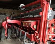 Sembradora Apache 6210 año 2007
