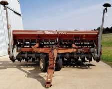 Sembradora Apache 9900 de Granos Finos, año 2006