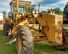 Motoniveladora Caterpillar 140 H