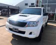Toyota Hilux 4X4 C/D SR 3.0 TDI