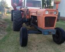 Tractor Fiat 900 con Cabina