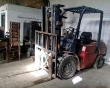 Auto Elevador Diesel Heli año 2006 3000 Kilos