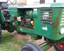 Permuto Tractor Por Vacas O Vaquillonas De Color Preñadas