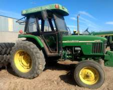 Tractor John Deere 5705 en muy Buen Estado