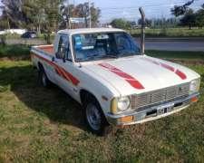Toyota Hilux 1980 Nafta