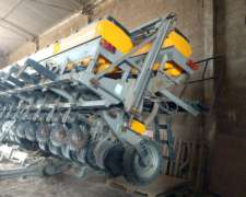 Sembradora Autotrailer de 12 a 52 C/ Doble Fert