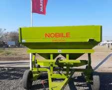 Fertilizadora Nobile 3300 Litros