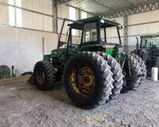 Tractor John Deere 7500 con Pala