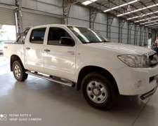 Pick UP Toyota Hilux 2.5