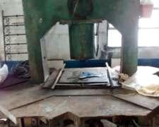 Prensa Hidraulica 40 Tn Con Mesa De Trabajo Metalica