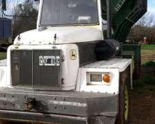 Vendo Camion John Deere Autodescargable