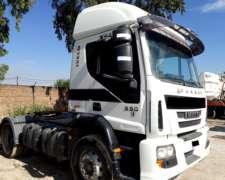 Camión Iveco Cursor 330