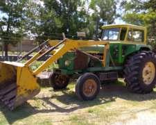 Vendo Tractor John Deere 3140 con Pala Cargadora