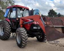 Tractor Case Farmall 95 con Cargador Frontal (C)