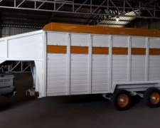 Trailer para Transporte de Caballos, Enganche Pico Cigueña.