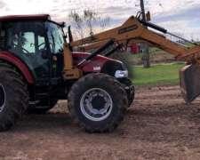 Tractor Case IH Farmall 100 con Pala