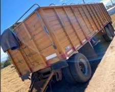 Acoplado para Transporte de Cereales.