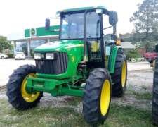Tractor John Deere 5725, Cabinado, 2.500 HS, 95 HP, 2012
