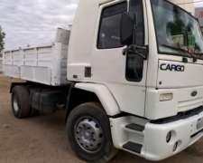 Ford Cargo 1730 Modelo 2003 con Caja Volcadora Trilateral