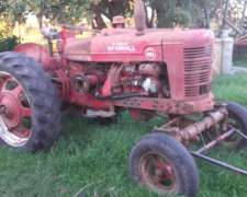 Vendo Farmall Super MD