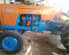 Vendo Tractor Fiat 800.