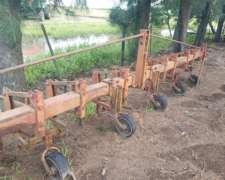 Cultivadora de 6 Surcos