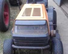 Tractor de Cortar Césped Mtd.